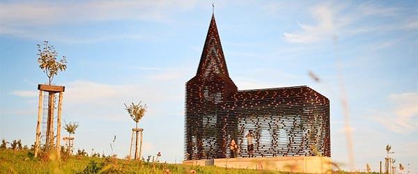 """""""透明""""教堂-比利时的惊人想象力"""