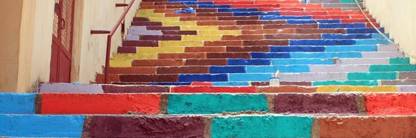 黎巴嫩街头的色彩-台阶涂鸦